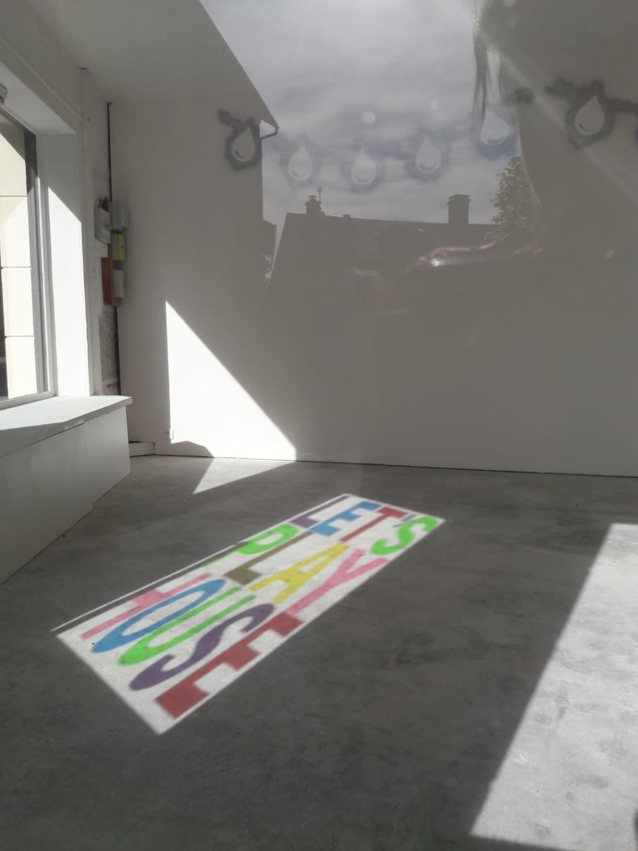 Let's play house — Charlotte Houette, Artiste