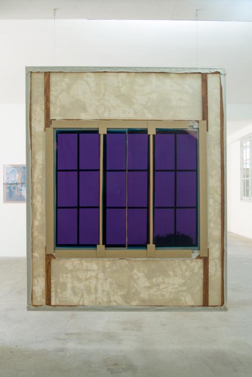 fenetre violette dos — Charlotte Houette, Artiste