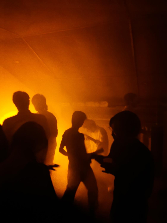 dance party sabrina room — Charlotte Houette, Artiste