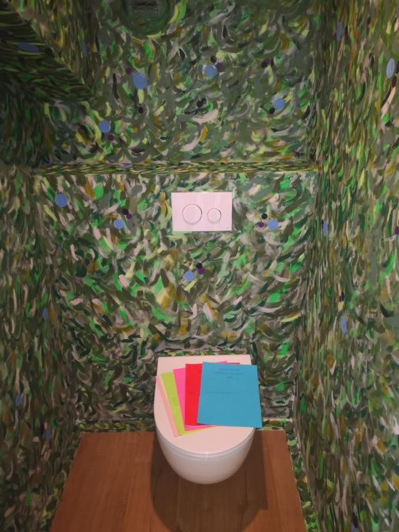 toilette — Charlotte Houette, Artiste